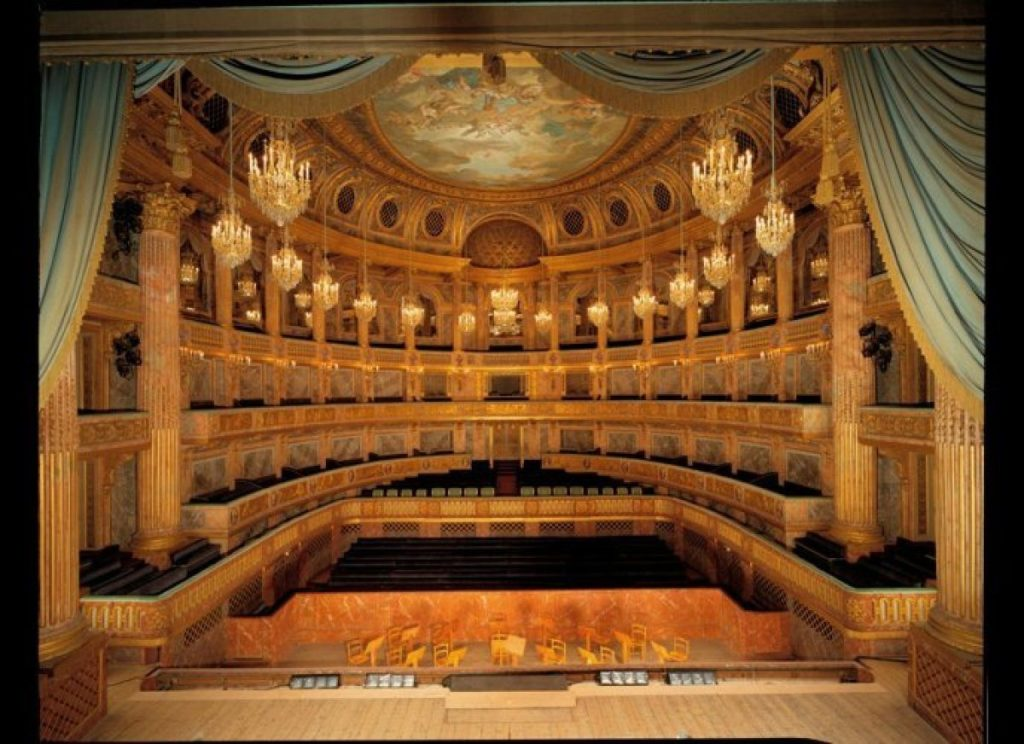 Visite privée et guidée de l'opéra Royal. - Les Conférences Arts et Loisirs